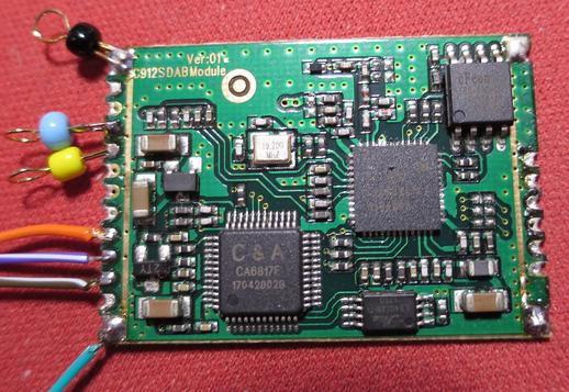 Connecting the pins on the DAB module